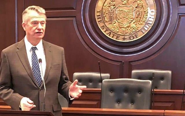 Gubernator Idaho podpisuje dwie ustawy antytransferowe