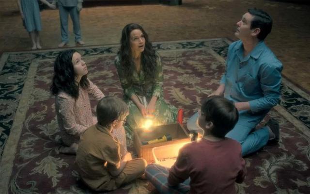 Haunting of Hill House obtiendra des coupes prolongées du réalisateur sur Blu-Ray
