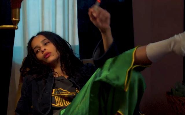 Zoë Kravitz setaccia i relitti della sua vita amorosa in questo trailer della serie High Fidelity di Hulu