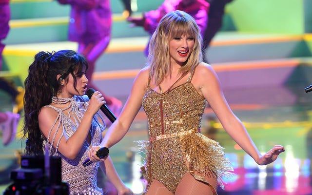 Malgré tout le drame, la performance de Taylor Swift aux American Music Awards était assez simple