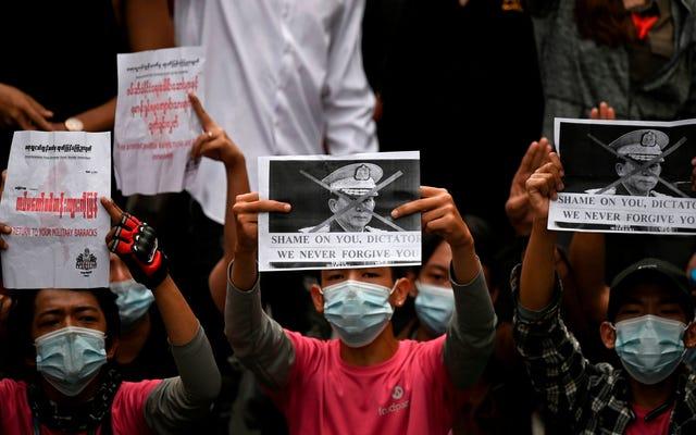 Quelques jours après le blocage de Facebook, le gouvernement militaire du Myanmar a maintenant bloqué Instagram et Twitter