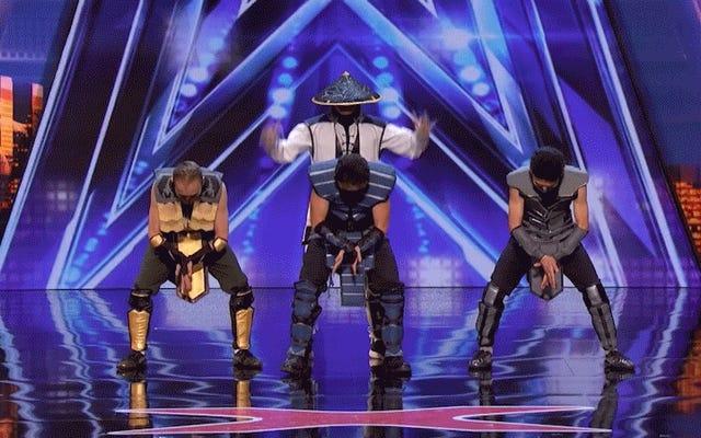 Los bailarines que doblan el cuerpo hacen una rutina de Mortal Kombat en el Got Talent de Estados Unidos