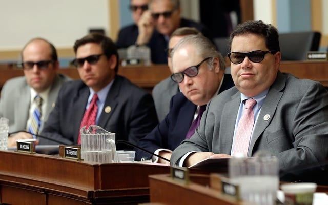 レポート:ブレイク・ファレントホルド議員は、嫌がらせの申し立てを解決するために納税者のドルを使用しました