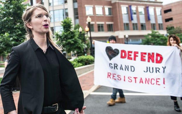 Un psychologue trouve l'emprisonnement de Chelsea Manning inutile alors que les avocats demandent sa libération
