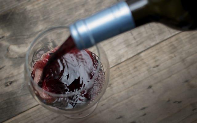 Por qué debería enfriar el vino tinto