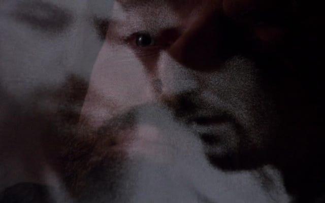 ภาพยนตร์ระทึกขวัญยุค 90 ที่ถูกลืมเรื่อง The Assignment ทำให้ความหวาดระแวงไปอีกขั้น
