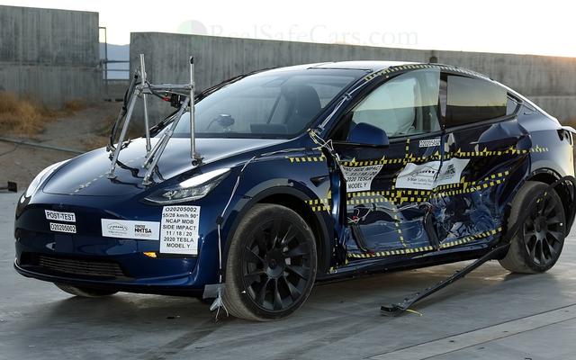 Tesla อ้างว่า Model Y มีความเสี่ยงในการโรลโอเวอร์ของ SUV ต่ำที่สุดเท่าที่เคยมีมาในการทดสอบการชนของ NHTSA