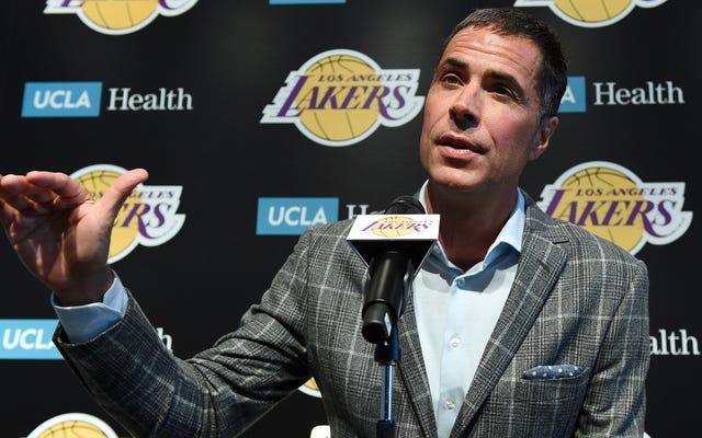 GM Lakers Rob Pelinka Dilaporkan Mempelajari Cara Kerja Batas Gaji Secara Real Time