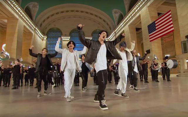 Bagaimana Performa BTS di Stasiun Pusat Grand yang Kosong?