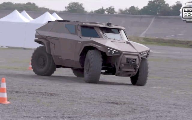Ce véhicule militaire français est un peu comme un halo phacochère réel