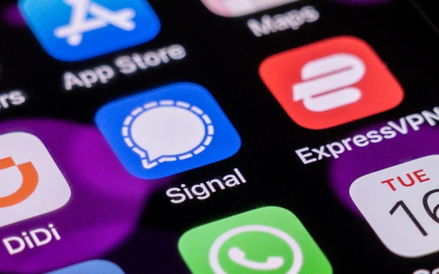 Сигнал приложения для обмена зашифрованными сообщениями в Китае не работает