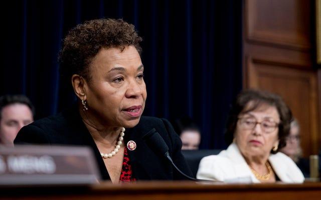 Rep.Barbara Lee: Pour réparer la méfiance des Afro-américains à l'égard du vaccin COVID-19, laissez les communautés noires montrer la voie