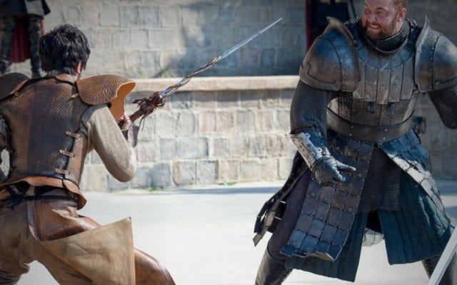 Nghiên cứu mới phá vỡ huyền thoại rằng các hiệp sĩ không thể di chuyển tốt trong áo giáp