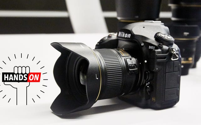 ニコンのD850はミラーレスカメラの最高の機能のいくつかを盗んでいます