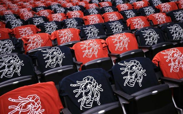 เสื้อยืด Toronto Raptors Playoff สำหรับแฟน ๆ นั้นแย่ที่สุด
