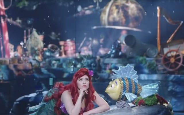 Küçük Deniz Kızı Canlı! 'Nın çöp kıçlı Pisi balığı