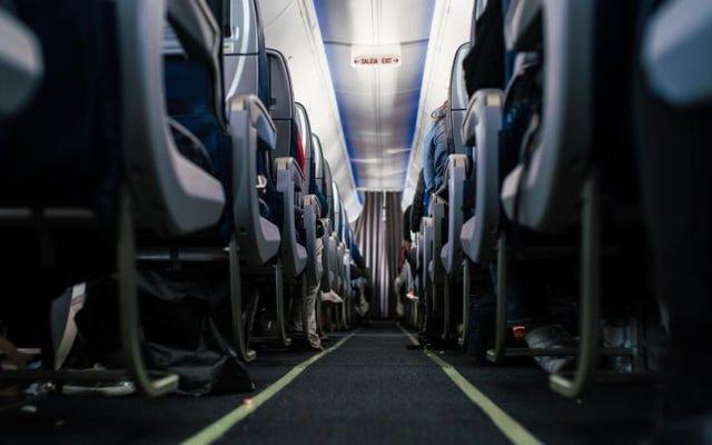 Les compagnies aériennes américaines avec le plus d'espace pour les jambes en classe économique ou en autocar