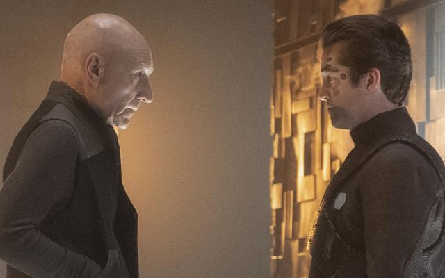 Semua Orang di Star Trek: Picard Menemukan Traumanya di Waktu Terburuk Mungkin