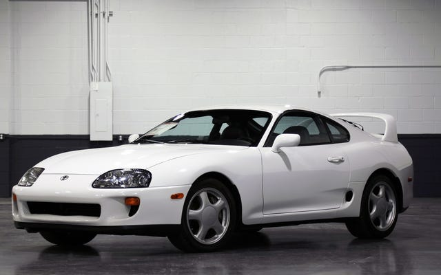 लगभग सही 1994 टोयोटा सुप्रा $ 80,500 के लिए बेच दिया