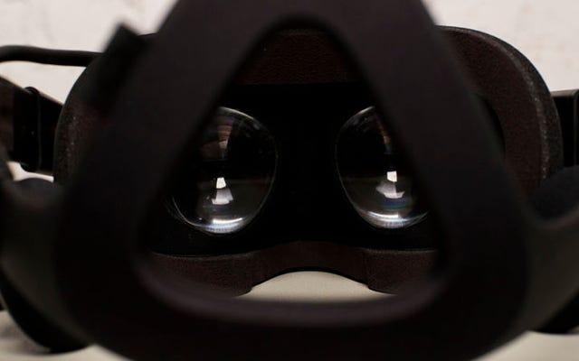Có một số điều siêu mờ ám trong Điều khoản dịch vụ của Oculus Rift (Đã cập nhật)