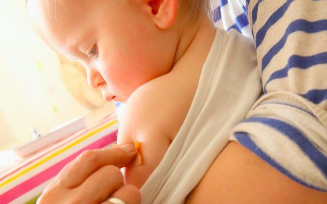 抗ワクチンが社会に与える影響は誇張されています(危険なことは彼らに多くの可視性を与えることです)