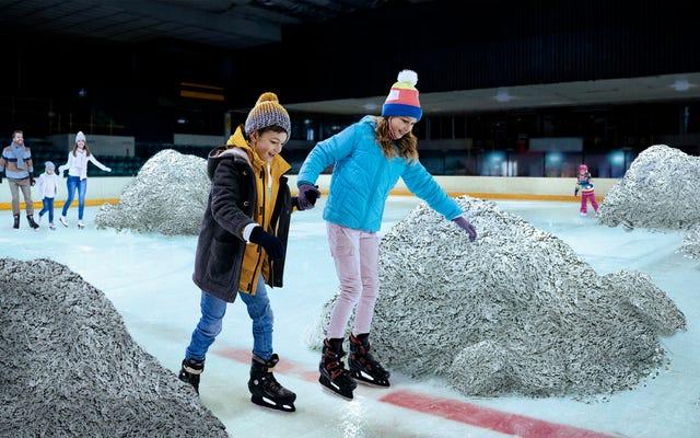 Le Temple de la renommée du hockey lance une exposition interactive permettant aux fans de jouer avec des dents utilisées par le jeu