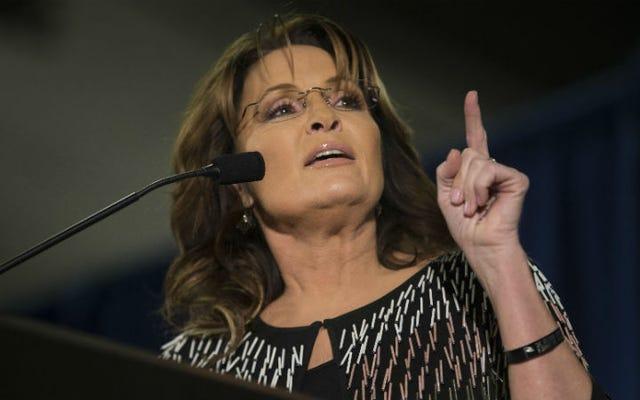 Sarah Palin tìm thấy cách gọi mới và hoàn hảo Shilling cho Shit Tea trên Instagram