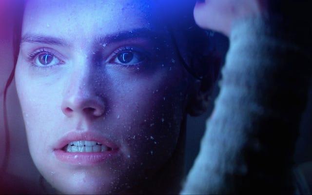 Yıldız Savaşları sayfasındaki iki düzeltme, Rey ve Kylo Ren'in gerçek ilişkisine yeni ipuçları veriyor