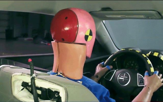 エアバッグとそれが道路の安全性を永遠に変えた方法についての10の好奇心