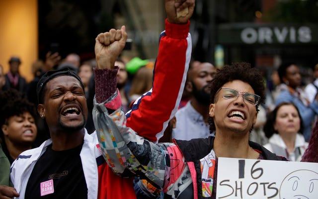 最高裁判所の最新の判決により、警察はブラック・ライヴズ・マターの抗議者を逮捕しやすくなりました