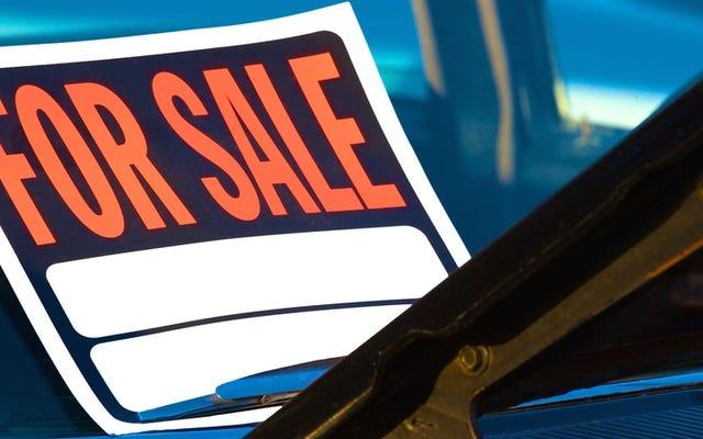 Dois-je échanger ma voiture ou la vendre en privé?