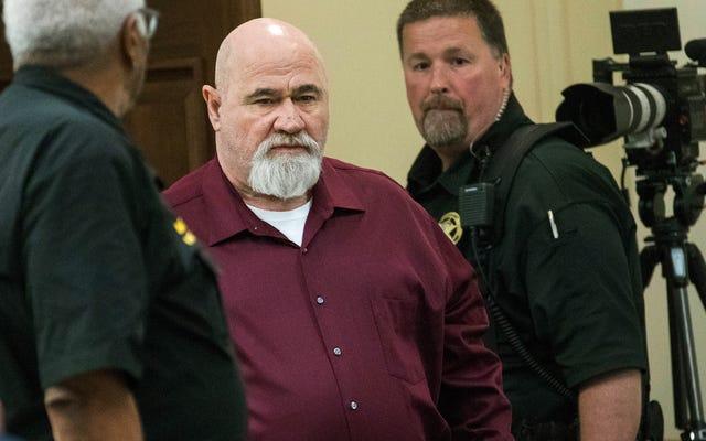 Mężczyzna z Georgii skazany na dożywocie 35 lat po zabójstwie Czarnego Człowieka na tle rasowym