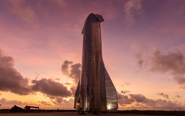 SpaceXの元従業員によると、フロリダのスターシップロケットは死んでいる