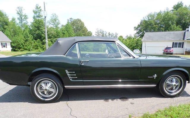 คุณจะเพิ่มเงิน 18,000 เหรียญสำหรับ Ford Mustang Convertible ปี 1966 หรือไม่?