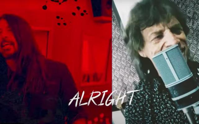 """""""Eazy Sleazy"""" của Mick Jagger và Dave Grohl là """"Imagine 2.0"""" của năm 2021"""