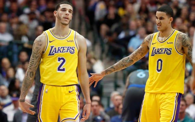 Les jeunes Lakers baisent ça