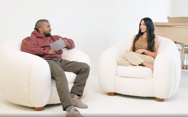 ¿Alguien ha tenido su período en los sofás de Kim y Kanye?