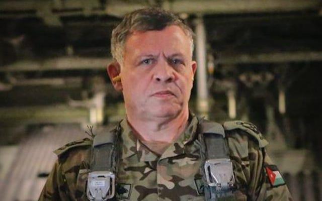 जॉर्डन के राजा अनफॉरगिवेन में क्लिंट ईस्टवुड की तरह आईएसआईएस के बाद जाना चाहता है