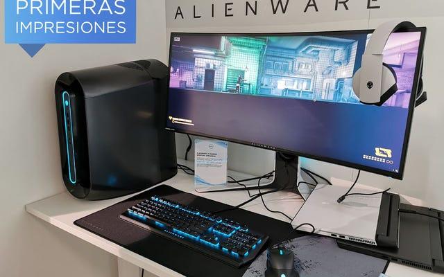 Alienware Aurora R9 là một con quái vật chơi game quá đẹp để ẩn dưới bàn
