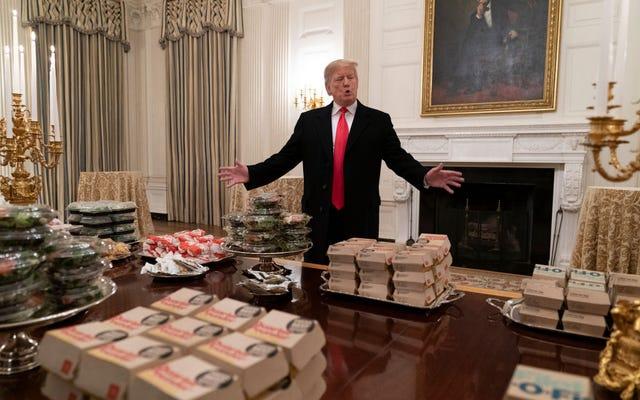 Euhhh quoi? La Maison Blanche dit à l'Agence fédérale de préparer le budget pour le prochain exercice comme si Trump n'allait pas être en prison