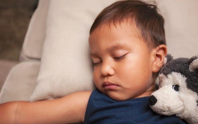 ハーベイ・カープによるこの方法を使用して幼児を睡眠訓練する