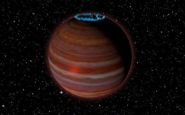 このオブジェクトはとても奇妙なので、天文学者はそれが星なのか惑星なのかまだわかりません