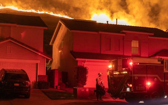 Rząd federalny wydaje więcej na zapobieganie pożarom w bogatych, białych dzielnicach