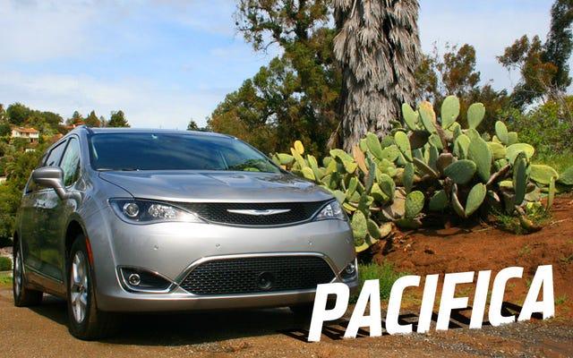 2017 Chrysler Pacifica: Ailenizin Minivan Olmasına Uymayacak Çok İyi
