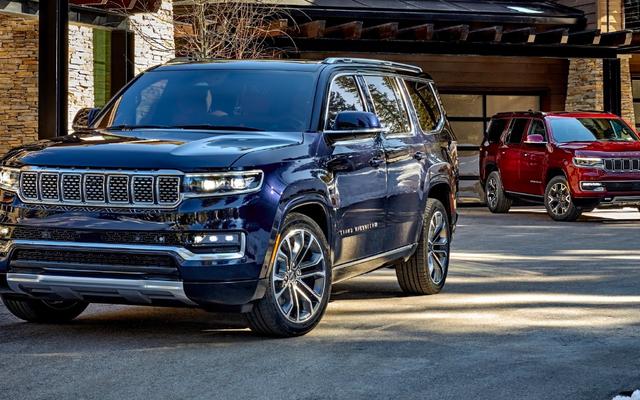 Jeep Grand Wagoneer năm 2022 có giá hơn 85.000 đô la nhưng nội thất của nó trông xứng đáng
