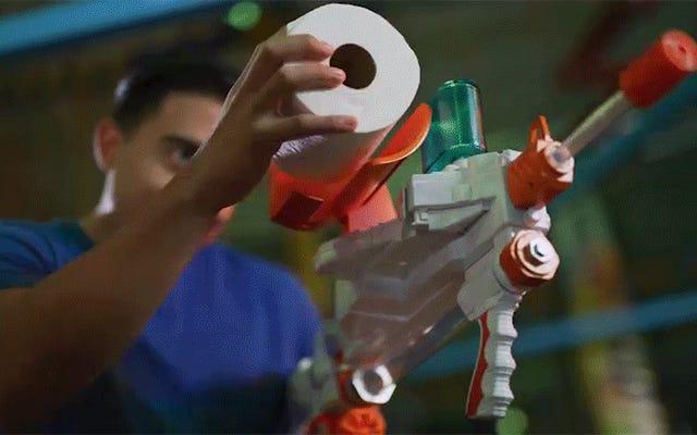 Ce Spitball Blaster de papier hygiénique obtient une mise à niveau de tir rapide indispensable