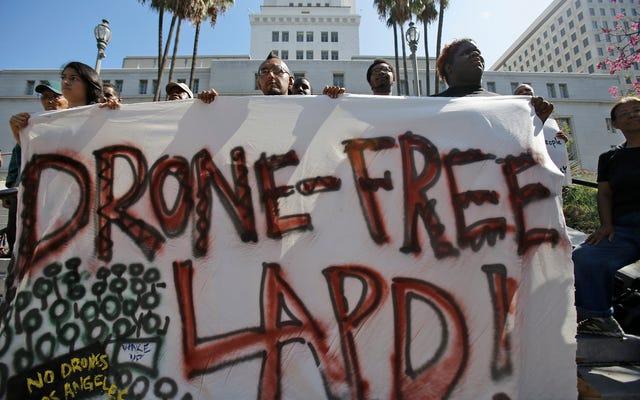 I dipartimenti di polizia dovrebbero essere in grado di utilizzare i droni?