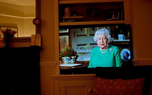 イギリスの女王はあなたにパンデミックを真剣に受け止めてほしい