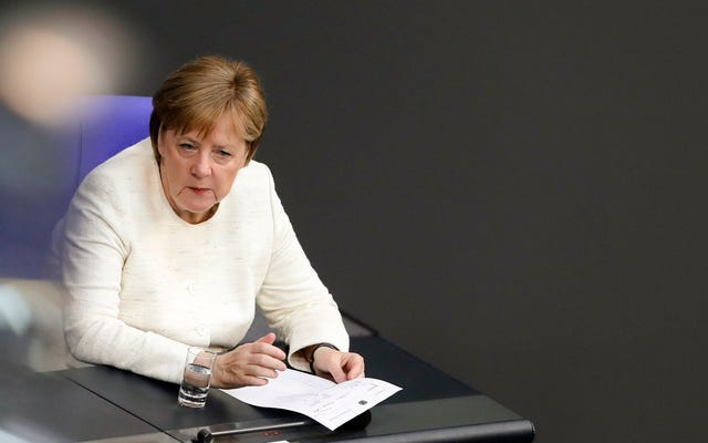 Spéléologie à l'extrême droite, l'Allemagne envisage de construire des camps de détention pour les demandeurs d'asile