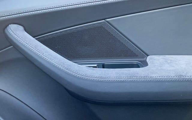 Le maniglie delle porte interne sono elementi sottovalutati del design automobilistico
